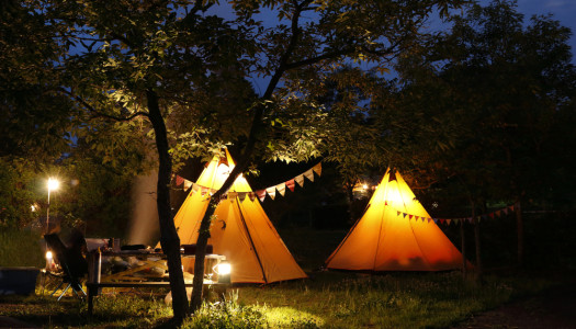 Camping vs Glamping – Which Is Right For You?