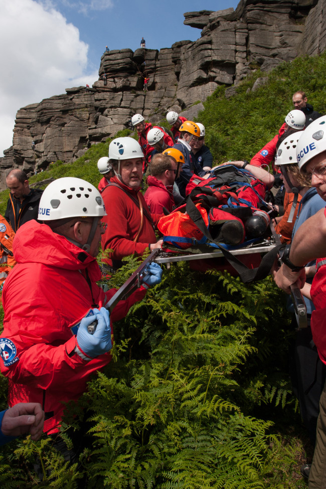 Mountain Rescue rescuing people off a mountain