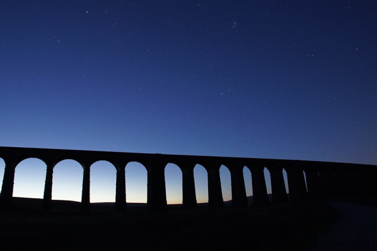 Ribblehead viaduct in Yorkshire at night